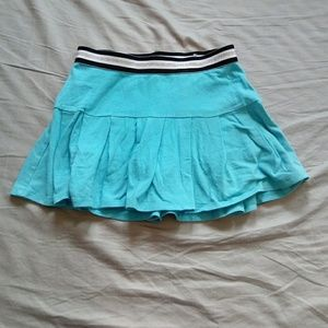 Justice size 8 teal skirt with built in shorts